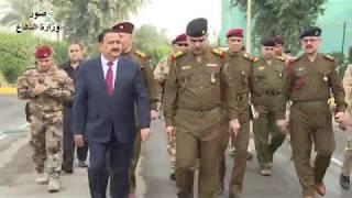 وزير الدفاع يزور كلية الأركان