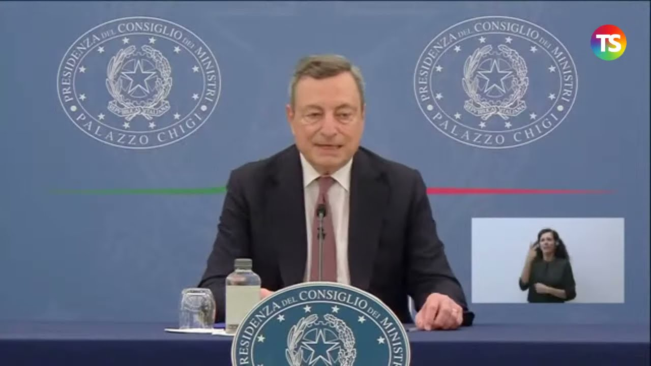 Conferenza stampa Draghi diretta: decreto Green pass, quali misure scuola?  - YouTube