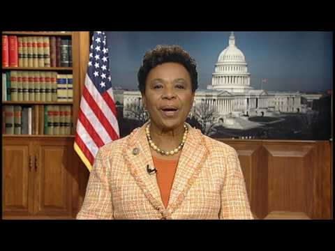 Barbara Lee accepts Our Family Coalition's 2017 Notable Ally Award
