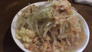 らーめん たろう「らーめん」750円 麺240g,野菜増し,背脂増し,ニンニクコール 蓮根駅