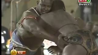 खतरे अफ्रीकी कुश्ती 2