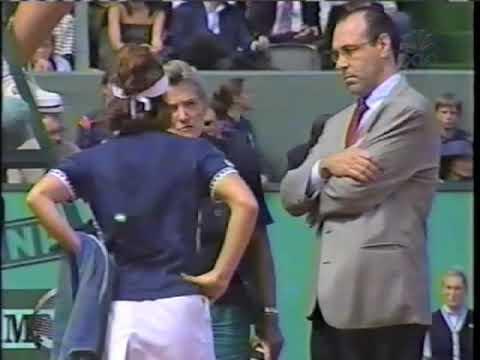 Steffi Graf (Hingis' 99 French Open Debacle)
