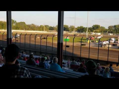 Davenport speedway modified heat race 5/12/17