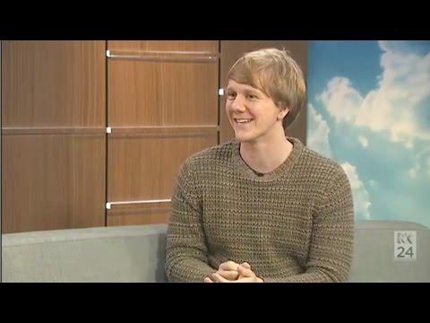 Please Like Me: Josh Thomas on News Breakfast