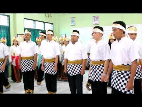 Paduan Suara SMA 4 Bekasi - Embassy Choir - Mars Kota Bekasi & Janger