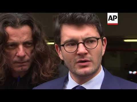 Greek court rejects Ankara's request to extradite eight Turkish servicemen