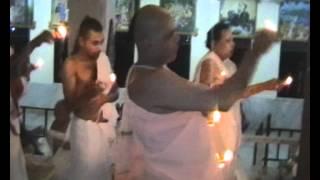 Peace in Gadei Giri - Village Life in India - Gopaljiu Mandir.wmv