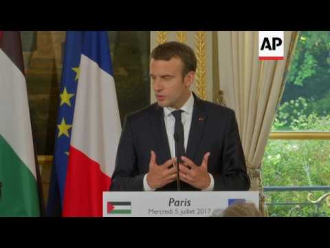 Macron backs 2 state solution in MidEast
