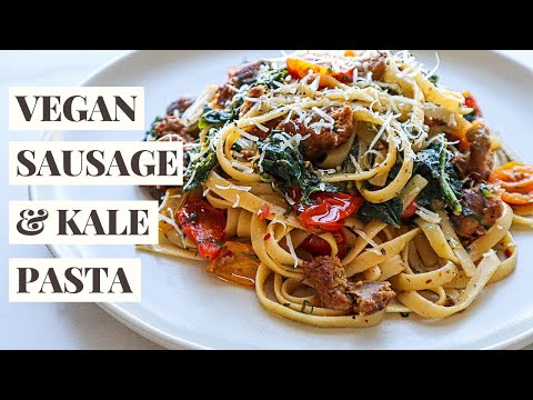 15 Minute Vegan Sausage and Kale Pasta