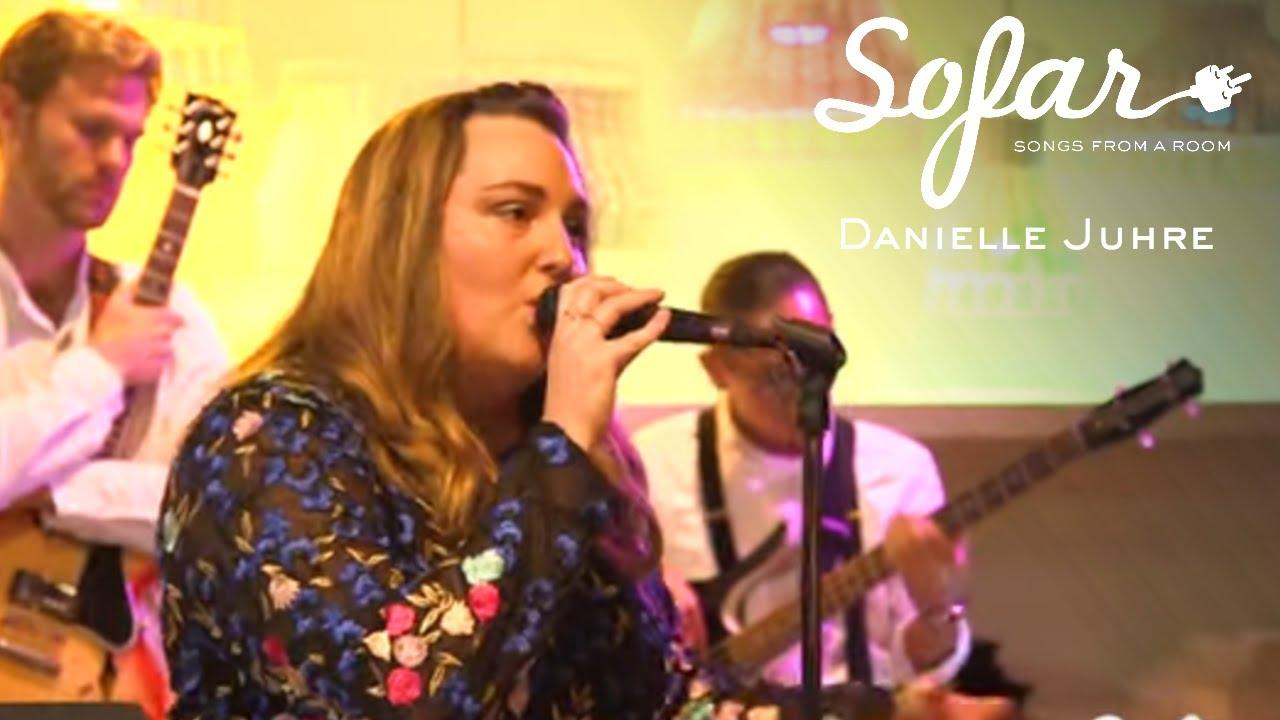 Danielle Juhre - Still In Love (Thirdstory Cover) | Sofar Chicago