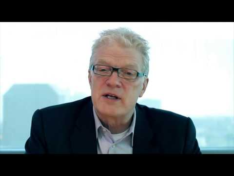 sir-ken-robinson---revolutionizing-education-from-the-ground-up