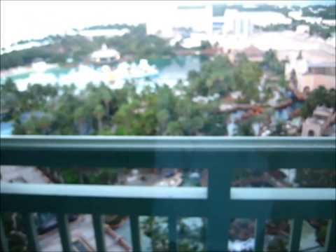 Paradise Island Vacation 2014: Day 1