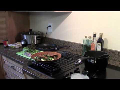 Enchiladas de mole vegetarianas - Receta - YouTube