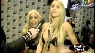 Carmen Caliente & Alix Lynx at AVN 1/21/15