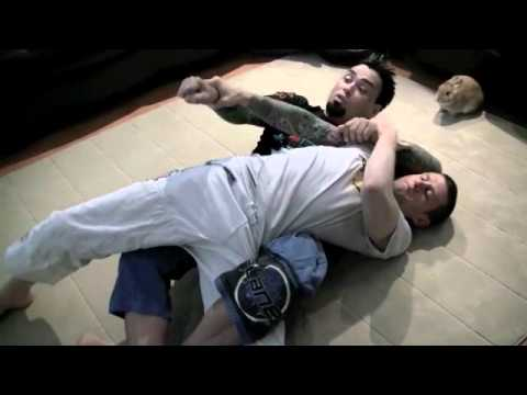 Eddie Bravo Twister Breakdown - The Korean Zombie VS Leonard Garcia