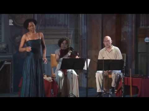 La Luna. Soubor Glossarium a sopranistka Luanda Siqueira na Letních slavnostech staré hudby 2015
