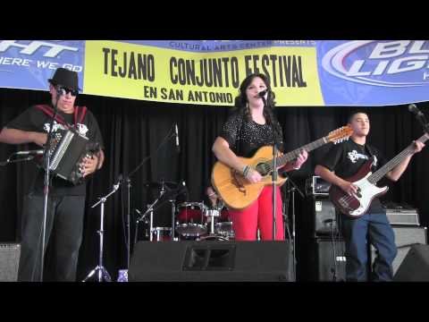 Crystal N' Crew @ Tejano Conjunto Festival 2012 - Video # 2