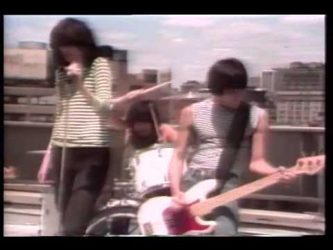 We Want The Airwaves - The Ramones