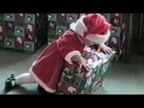 These Babies Failing At Christmas Will Make You Laugh/Cry At Your Desk