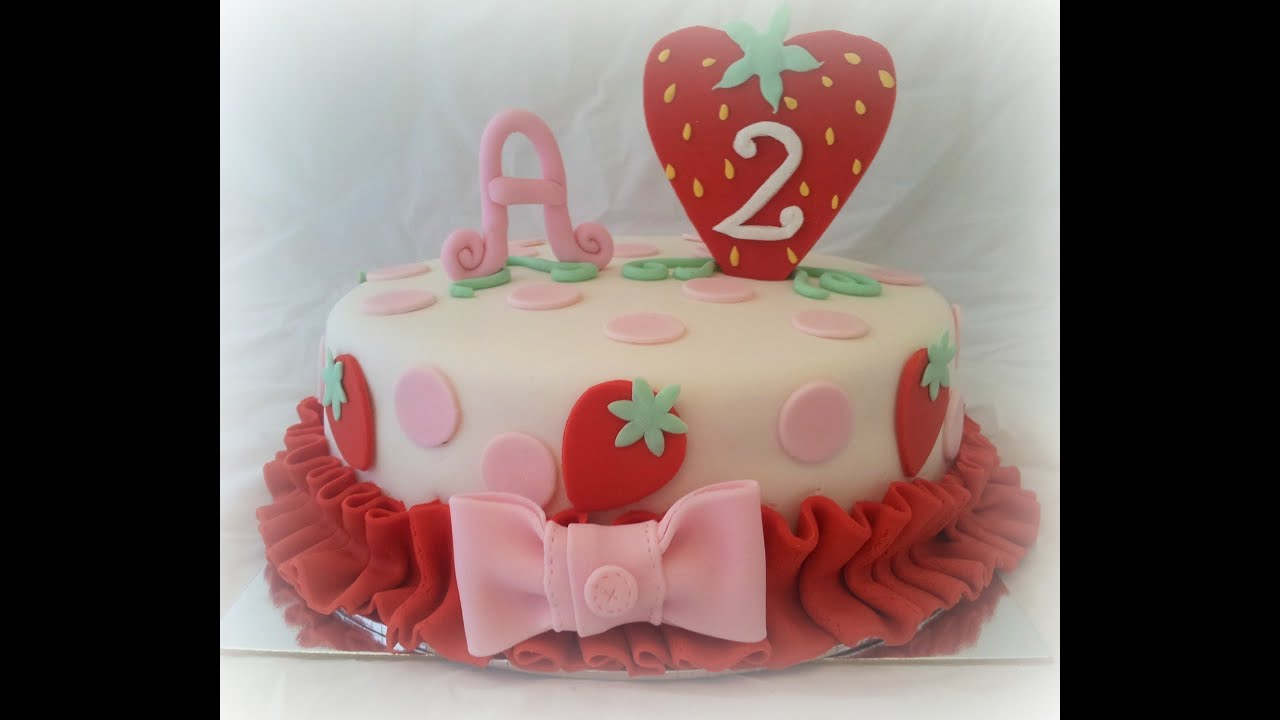 & How to Decorate an Easy Strawberry Shortcake Cake - YouTube
