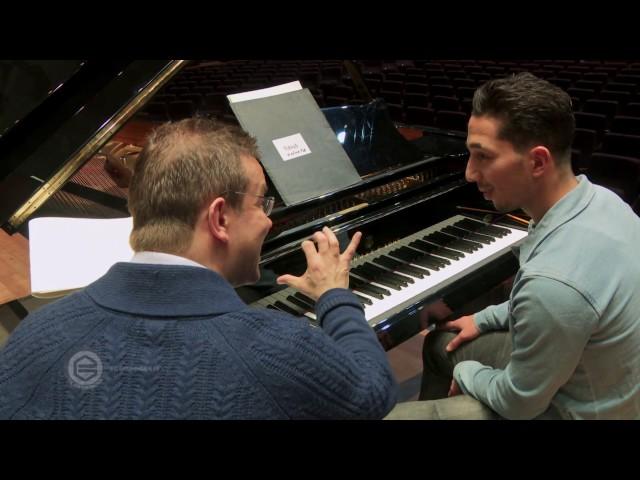 Vleugelspelers Drost en Hiariej met het Noord Nederlands Orkest, deel 2