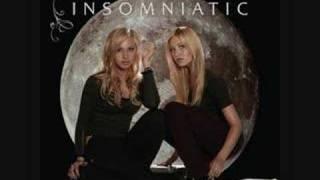 Aly & AJ - Like Woah[Karaoke/Instrumental]
