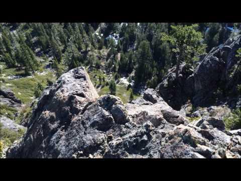 Sanger Peak Climb and Siskiyou Wilderness Mountain Views.