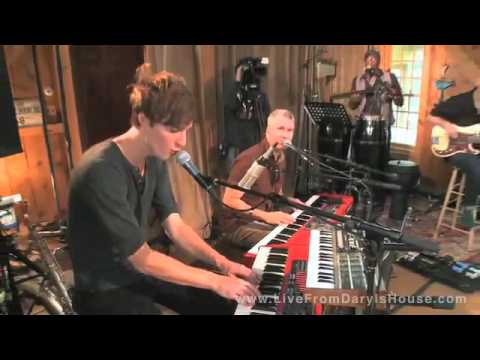 Parachute-Live From Daryl's House-She Is Love