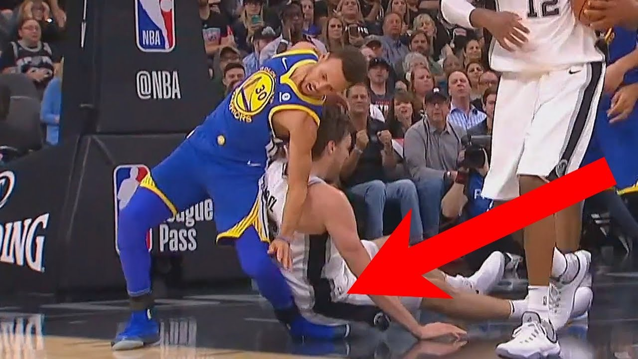 Stephen Curry Scary Injury...Well Almost - YouTube