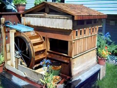 Lovely Homemade Wooden Garden Waterwheel