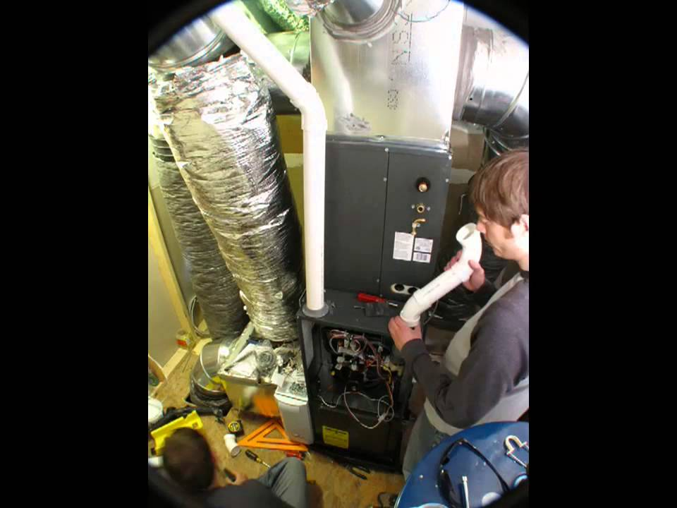 Goodman High Efficiency furnace \ HVAC Install Time-Lapse ...