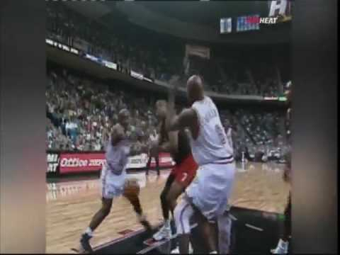 Tim Hardaway Number #10 retired by Miami Heat