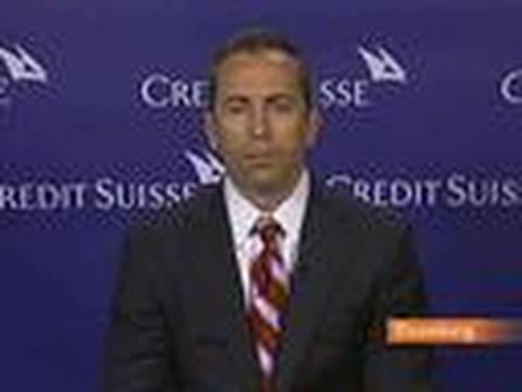 Credit Suisse's Kelly Likes Kroger Among Grocery Stores: Video