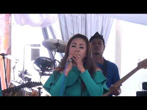 Rusdi Oyag Live Ciparay 8juli 2017