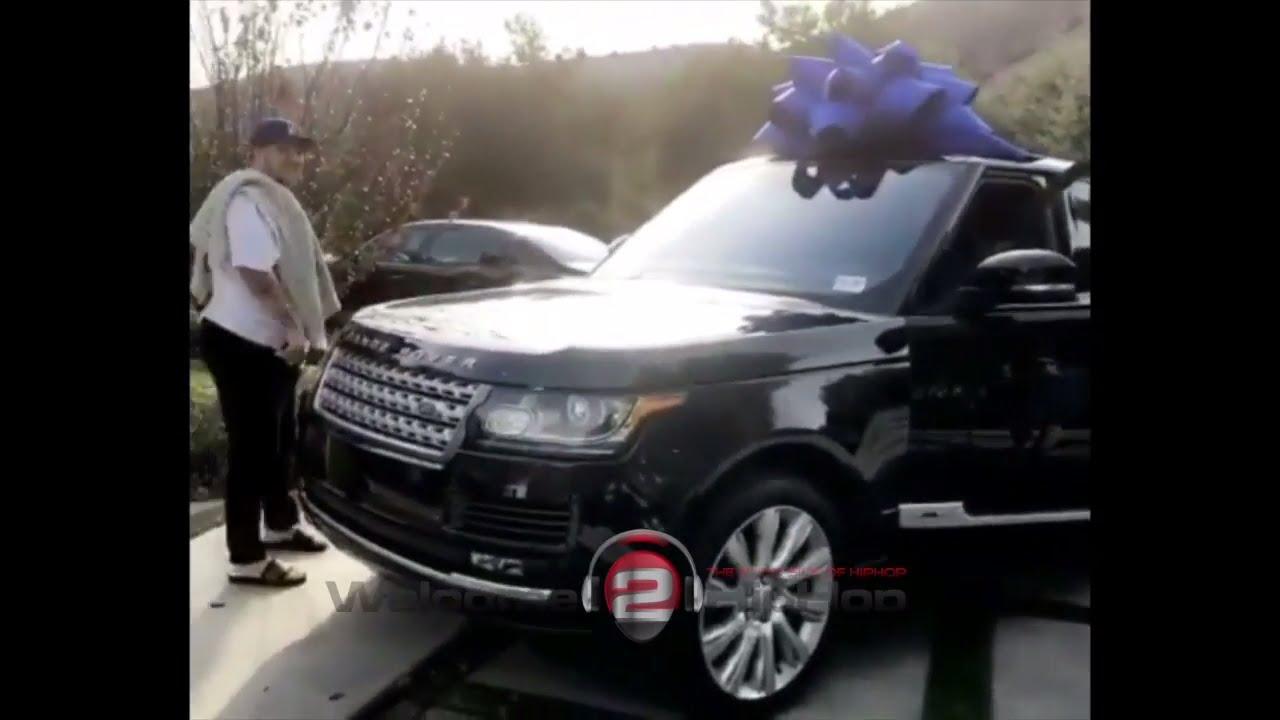 blac chyna buys rob kardashian new range rover and white rolls royce