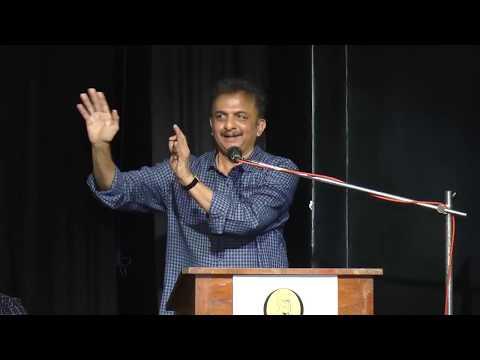"""Jayanth Kaikini's speech at the launch of Prakash Rai's """"Iruvudellava Bittu"""" Kannada Book"""