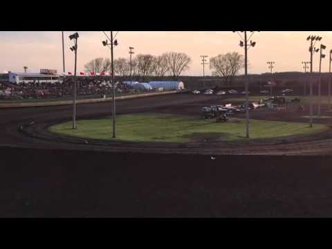 Boone Speedway Stock Car Heat Race #3 4-23-16