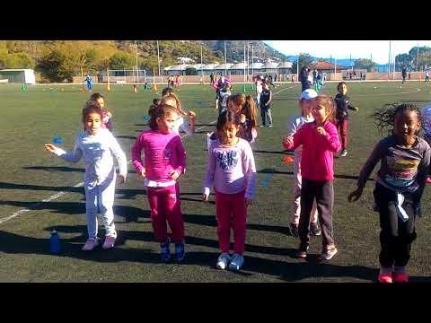 Initiation Scolaire au Futsal à Beausoleil du 10/11/17 : Remarquable Défi de Danse et de Chant !!!