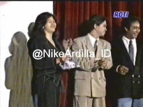 Nike Ardilla BASF Awards Best Selling Album 1990 RCTI