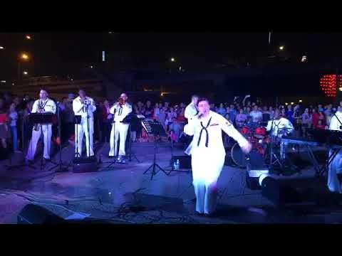 U S  Seventh Fleet Band live in Danang03