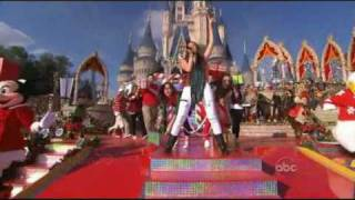 Miley Cyrus - Santa Claus Is Comin