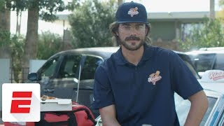 Kris Bryant goes undercover as pizza delivery guy to prank fantasy baseball players | ESPN