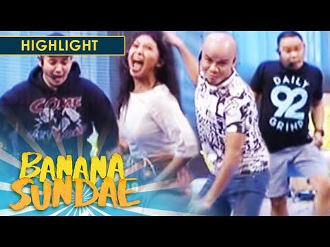 Banana Sundae: Pass the Action