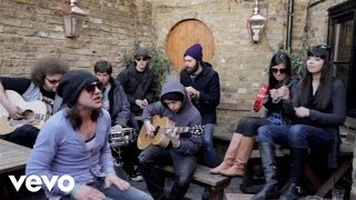 The Constellations In London (Felicia Acoustic) YouTube Videos