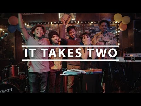 Stars and Rabbit - It Takes Two (Short Documentary)