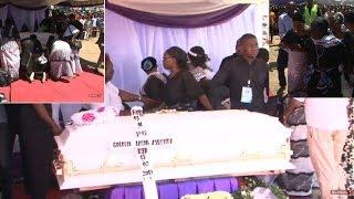 KUAGWA KWA GODZILLA: Mwili Ulivyowasili Uwanjani, Wapokelewa kwa Nyimbo Zake!!