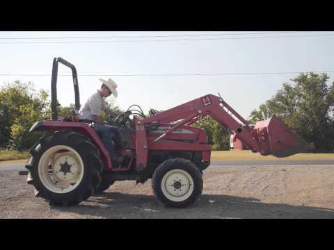 Mahindra 2810 tractor demo