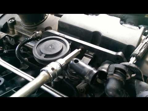 החלפת PCV במנוע 2.0 TFSI.