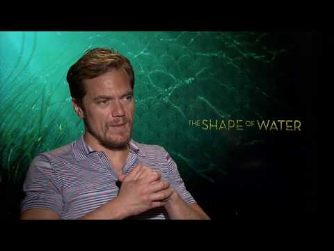 Michael Shannon Chopped Off His Fingers in THE SHAPE OF WATER