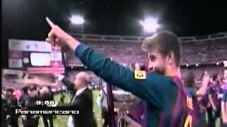 video gerard piqu besa a shakira tras final de la copa del rey